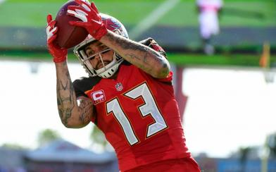 mike evans close-up catch