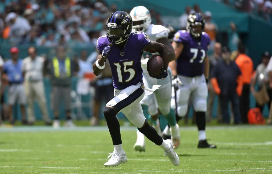3 Season-Long Wide Receiver Player Props to Bet