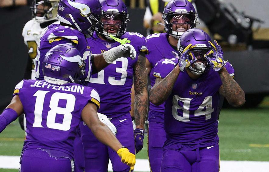 Yahoo! Week 17 $100K Baller and Cash Game Strategy