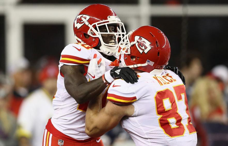 Fantasy Debate: Tyreek Hill vs. Travis Kelce