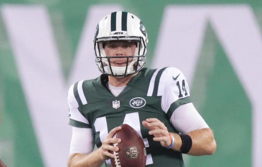 Jets-Lions Betting Preview & Pick: Can Darnold Pull off Upset?