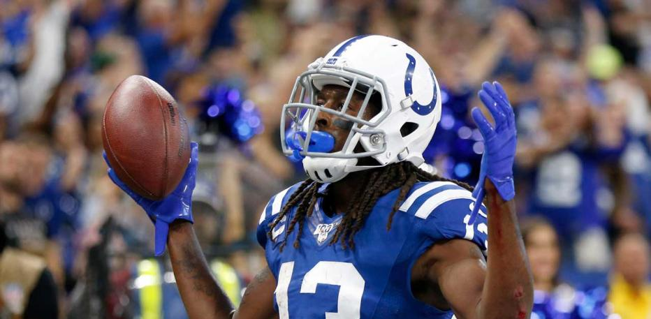 ty hilton arms up